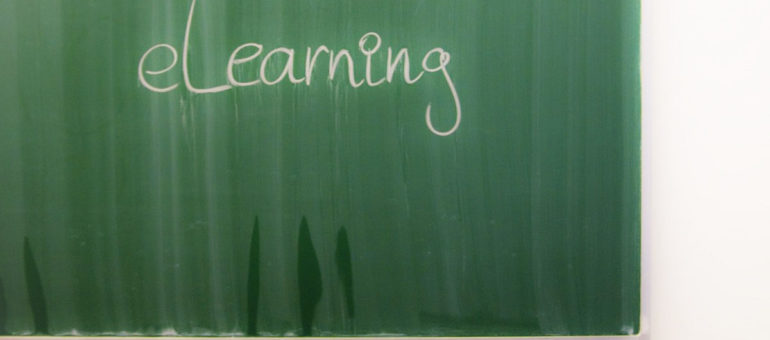 Continuité pédagogique : la classe à la maison ou la casse familiale ?