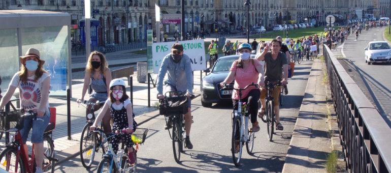 Une vélorution contre le «retour à l'anormal» à Bordeaux