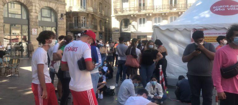 Covid-19 : 9 fois plus touchés, les jeunes Girondins se bousculent aux dépistage