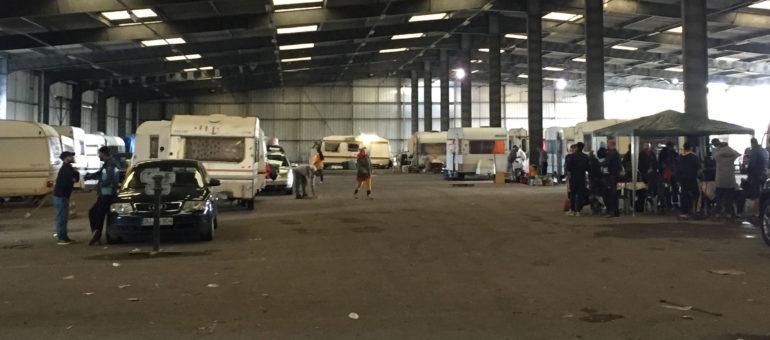 60 familles expulsées de la rue Lajaunie mises à l'abri dans un entrepôt