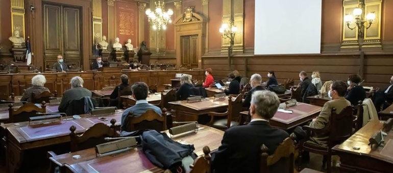 Médecins, avocats, philosophes… pour un conseil de résilience sanitaire à Bordeaux