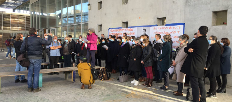 Mobilisation au lycée Magendie pour soutenir un enseignant accusé de propos homophobes par un élève