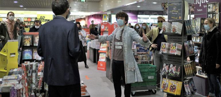 Coup de théâtre dans trois supermarchés bordelais contre la fermeture des lieux culturels
