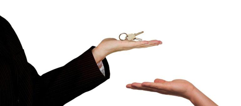 «Pas de visite, pas de revenus pendant le confinement» : Cyril agent immobilier bordelais