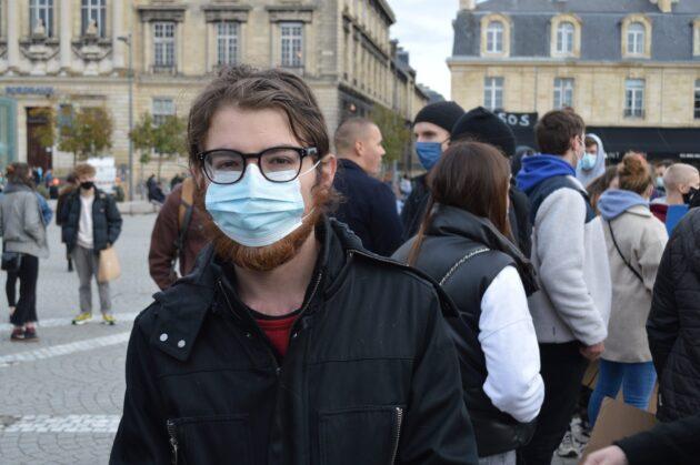 Florian a participé au rassemblement place de la Victoire pour la reprise des cours à l'Université