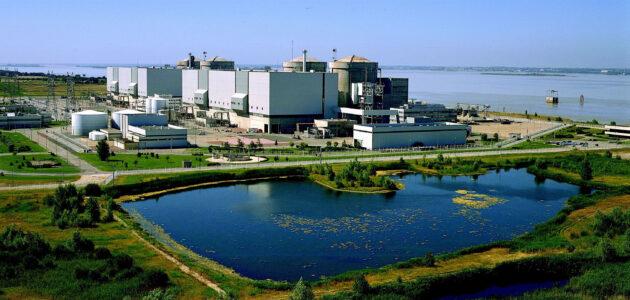 La centrale nucléaire du Blayais, une des ancêtres du parc français, peut rempiler pour 10 ans