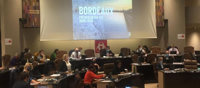 Pierre Hurmic lance «un nouveau souffle pour Bordeaux», du vent pour son opposition