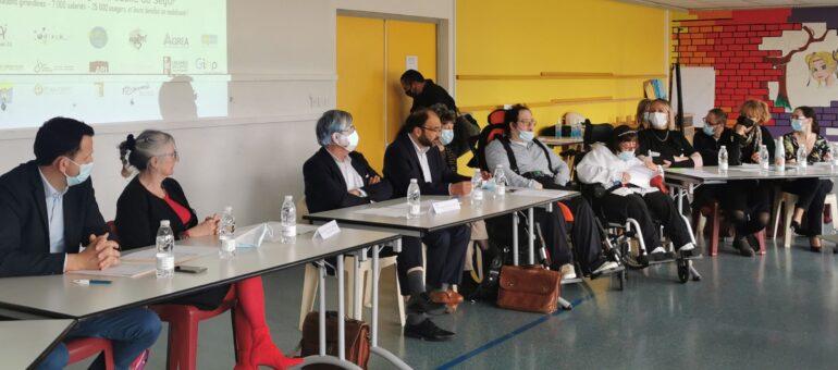 Handicap : les «oubliés» du Ségur tentent de se faire entendre en Gironde