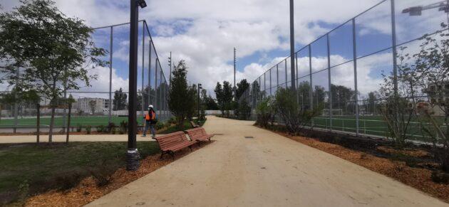 Le jardin sportif Suzanne Lenglen propose des terrains de foot, tennis et hockey sur pelouse (KS/Rue89 Bordeaux)