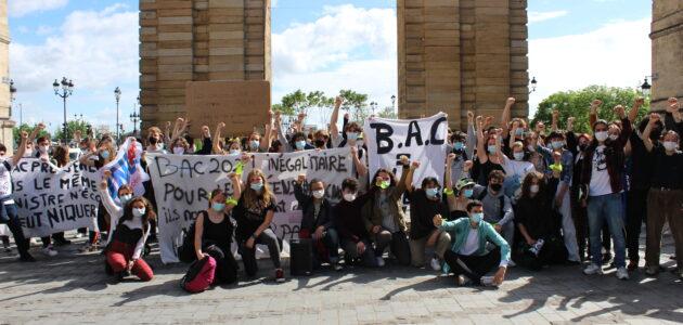 300 lycéens pour une «marée noire» à Bordeaux contre les épreuves du bac