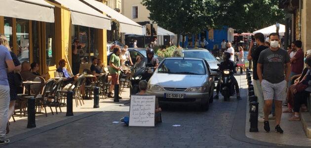 Une retraitée bordelaise bloque la circulation, «terrifiée par la crise climatique»