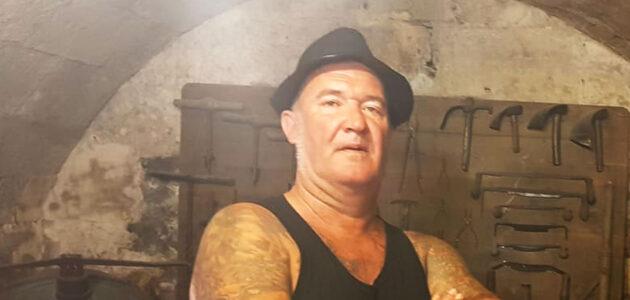 Ludo Tranier, «punk et poète de la zone», quitte la scène