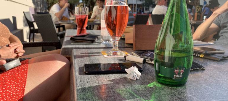 Avec le passe et sans les jeunes, les bars bordelais trinquent