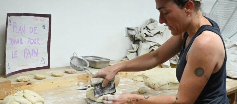 A Uzeste, la boulangerie où les habitants mettent la main à la pâte