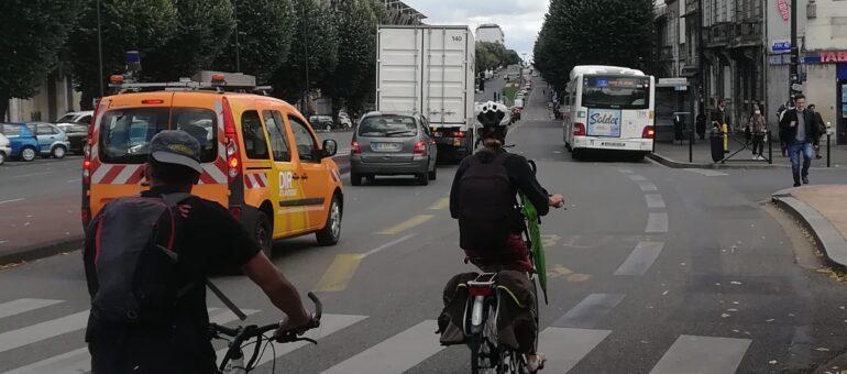 Voiture, bus ou vélo : qui est le plus rapide sur les boulevards de Bordeaux ?